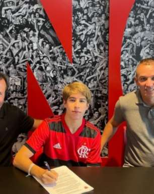 Novo garoto do Ninho: meia de 16 anos assina contrato com o Flamengo