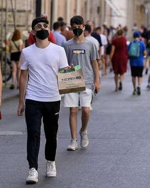 Índice de transmissão de coronavírus tem leve alta na Itália
