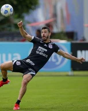 Corinthians faz treino específico para ataque e defesa de olho no Inter