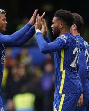 Chelsea goleia o Norwich e segue na liderança da Premier League