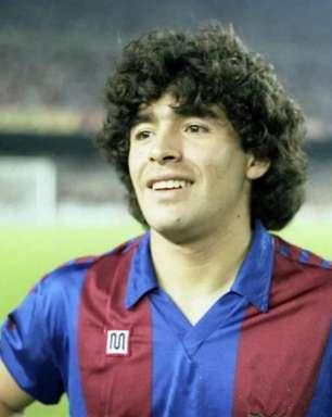 Barcelona e Boca se enfrentam em homenagem a Maradona