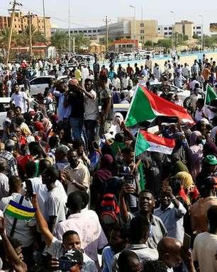 Militares prendem ministros e líderes políticos em golpe de Estado no Sudão