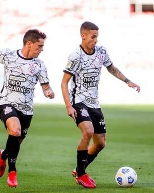 Gabriel Pereira tem renovação travada com o Corinthians e já poderia assinar com outro clube