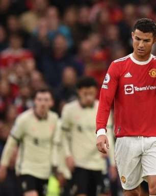 Altos gastos, goleada para o rival e pressão no treinador: veja os fatores para a crise no Manchester United