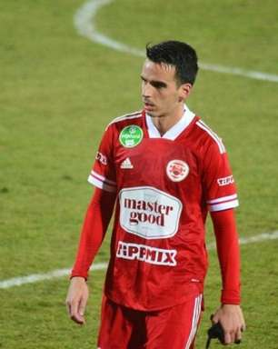 Matheus Leoni fala sobre desejo de chegar aos cinquenta jogos no Kisvarda