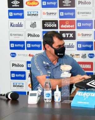 Rueda faz reunião no CT e elenco passa confiança no técnico Fábio Carille
