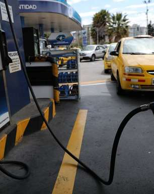 Manifestantes do Equador bloqueiam estradas em protestos contra preço do gás