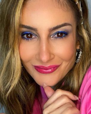 Aprenda como fazer 2 maquiagens coloridas de Claudia Leitte