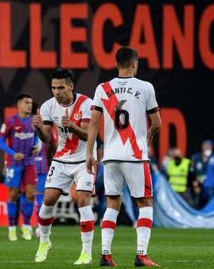 Com gol de Falcao García, Rayo Vallecano vence o Barcelona no Campeonato Espanhol