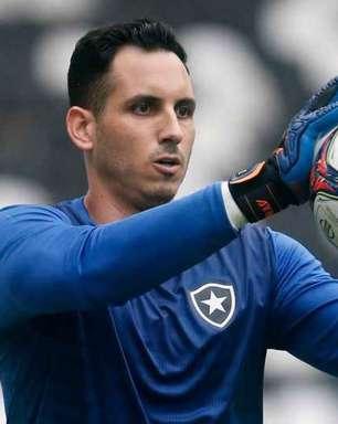 Enderson atualiza situação de Gatito no Botafogo: 'Está cada dia melhor'
