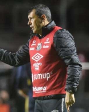 Carille fala sobre importância da vitória e elogia jogadores do Santos