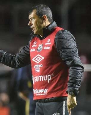 Carille chega aos dez jogos no comando do Santos. Veja os números