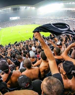 Com aproveitamento igual dentro e fora de casa, Corinthians tem fator torcida para evoluir como mandante