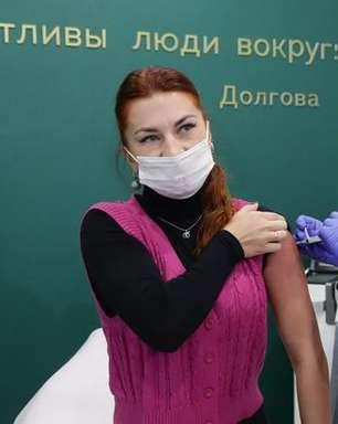 Por que tantos russos desconfiam da vacina contra a covid-19