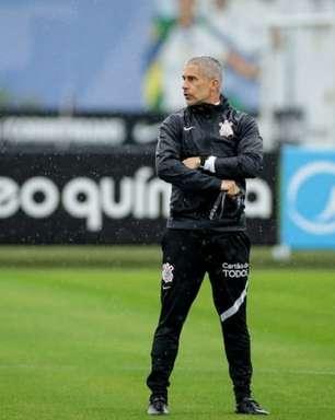 Sem vencer fora de casa há 2 meses, Corinthians vê aproveitamento como visitante despencar no Brasileirão