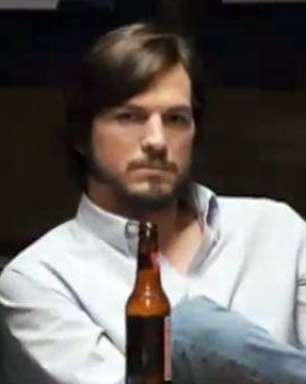 Ashton Kutcher vive Steve Jobs no cinema; veja trailer