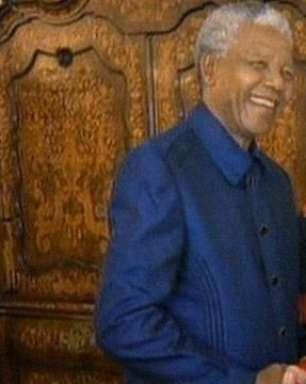 De M. Jackson às Spice Girls, veja Mandela com celebridades