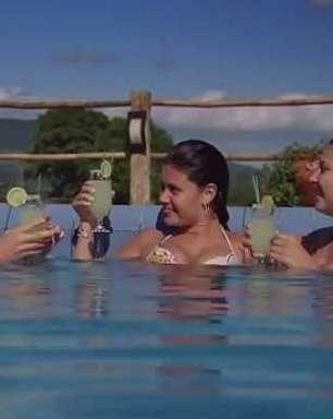 """Trailer: """"Insônia"""" é comédia romântica adolescente com Luana Piovani"""