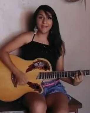 Mulher cria música em resposta ao 'Lepo Lepo' e faz sucesso
