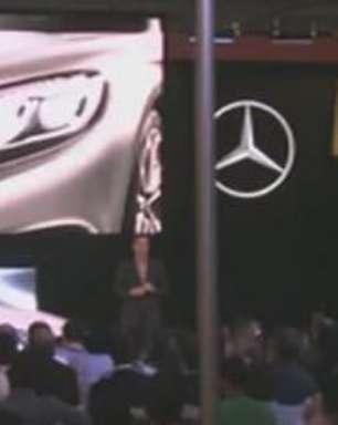 Mercedes S63 coupé tem cristais Swarovski nos faróis