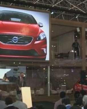 Volvo apresenta carro que vai de 0 a 100 km em seis segundos