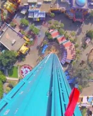 Caia de uma torre de 102 metros no Busch Gardens com o Terra