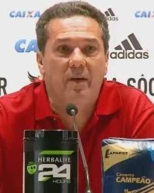Flamengo: Luxemburgo lamenta lesões e desfalques em derrota