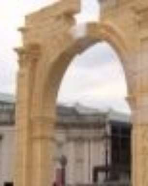 Londres inaugura réplica de monumento sírio destruído pelo EI