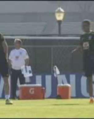 Brasil treina na UCLA e mostra possível time contra Equador