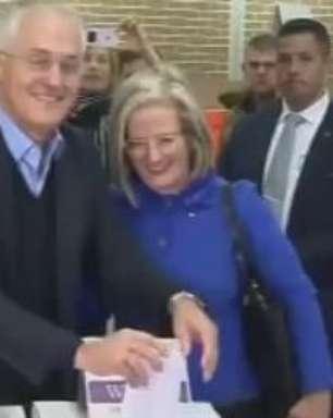 Coalizão conservadora governará Austrália com maioria