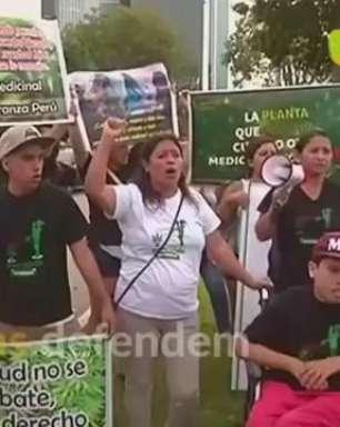 Mães defendem maconha para uso medicinal no Peru