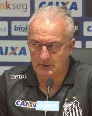 Dorival elogia Vanderlei e diz que em breve ele deve ter uma chance na Seleção Brasileira