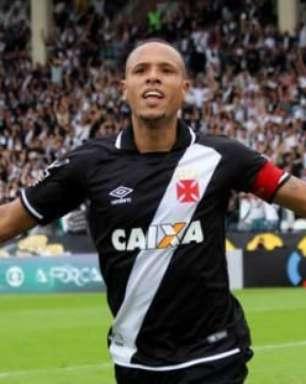 Sem Nenê em campo e com gol de Luis Fabiano, Vasco vence o Bahia em São Januário