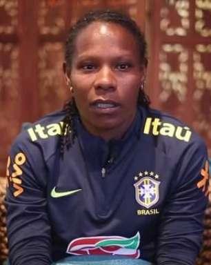 Aos 40 anos, Formiga volta a campo pela Seleção Brasileira