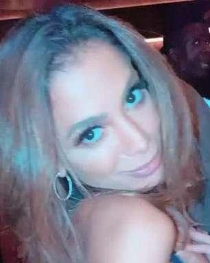 De vestido transparente, Anitta rebola em boate e detalhe rouba a cena. Vídeo!