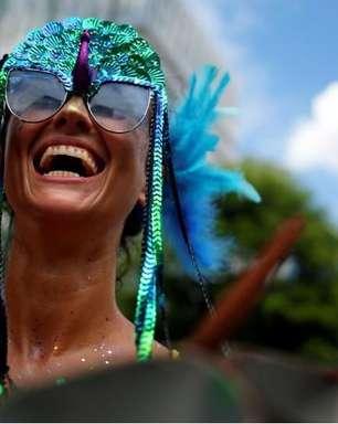 Confete no asfalto: como o Carnaval de rua explodiu em SP