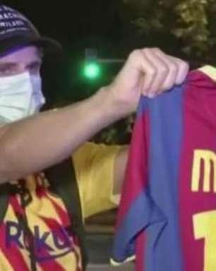 Fãs do Barça imploram para Messi ficar e presidente sair