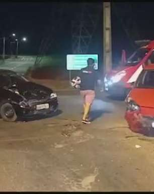 Batida entre carros deixa três mulheres feridas na PR 317, em Toledo