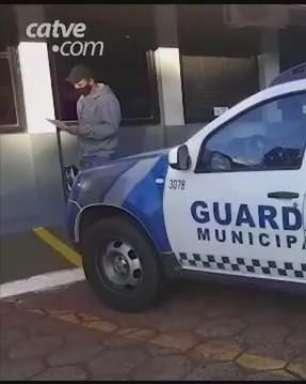 Homem é detido após agredir esposa e ameaçar os filhos em Juvinópolis