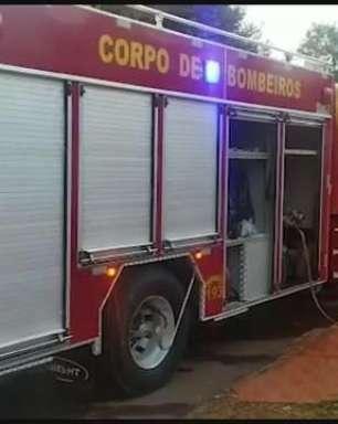 Princípio de incêndio em casa mobiliza bombeiros de Toledo