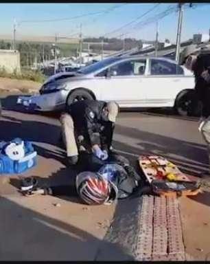 Batida entre carro e moto deixa vítima ferida no Bairro Interlagos em Cascavel