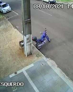 Câmera registra furto de motocicleta no residencial Gralha Azul