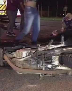 Casal fica ferido em acidente de trânsito no Bairro Floresta