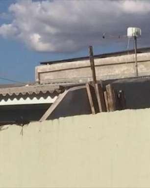 Homem cai do telhado e fica gravemente ferido em Cascavel