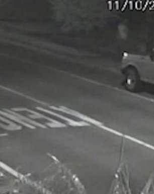 Câmera de monitoramento registra furto de camionete em Cascavel