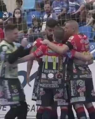Cascavel Futsal e Tubarão empatam pelos playoffs da Liga Nacional