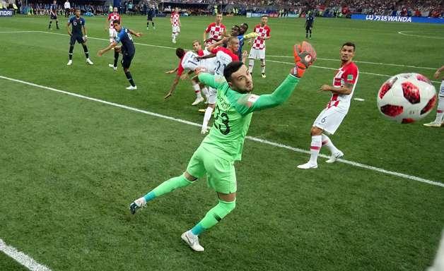 Assista os gols que garantiram o bi mundial à França