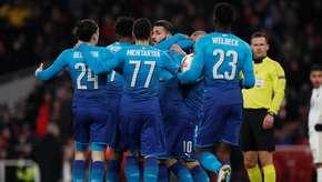 Milan e Arsenal confirmam vaga; Borussia sofre e avança