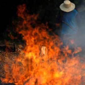 """""""Rota suicida"""": imprensa mundial detona Brasil por queimadas"""