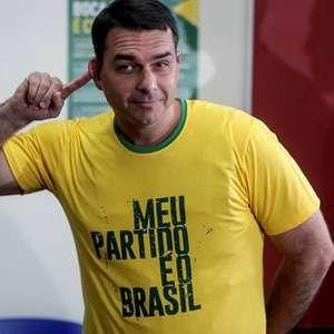 Aos 19, Flávio teve cargo no DF enquanto estudava no Rio